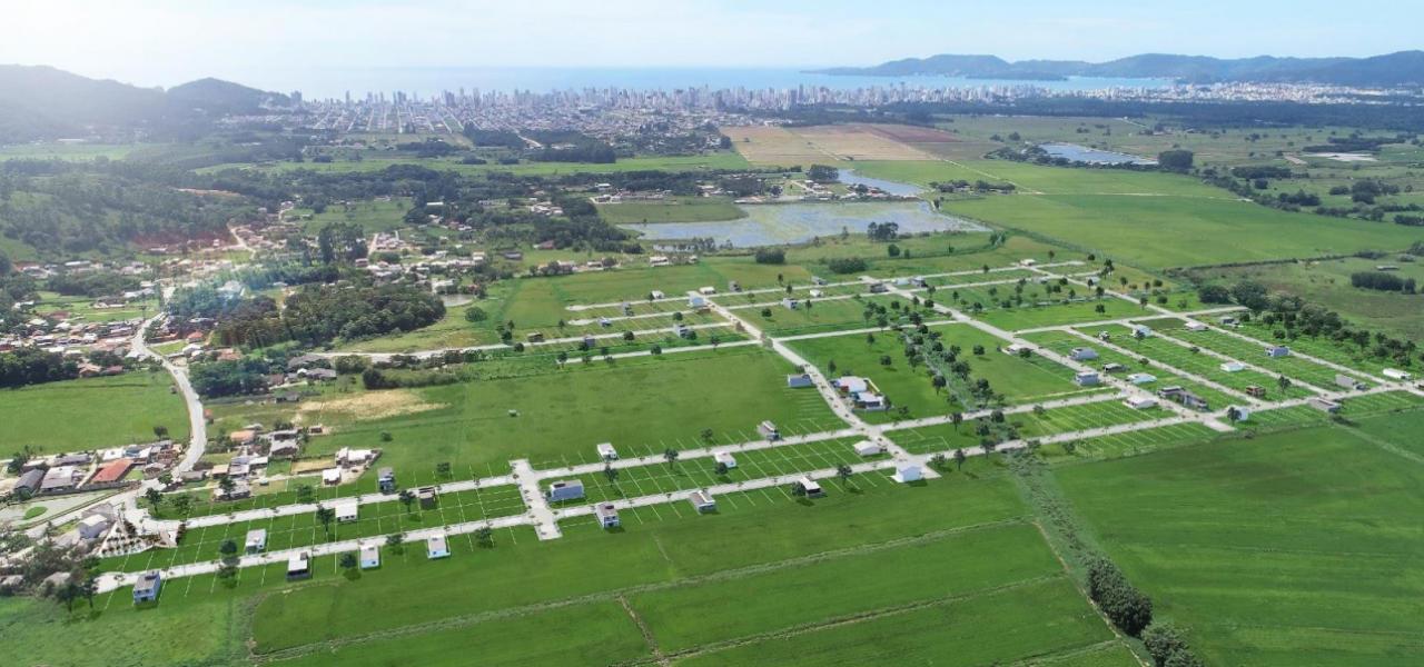 Terrenos em Itapema